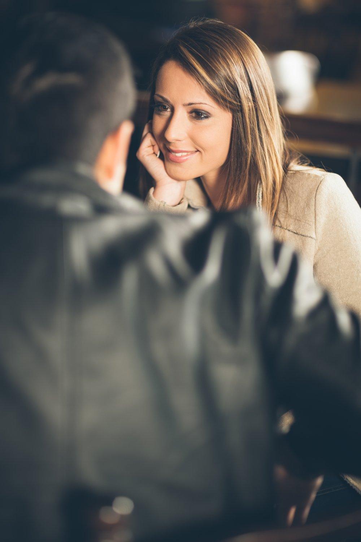 Frauen kennenlernen gespräch
